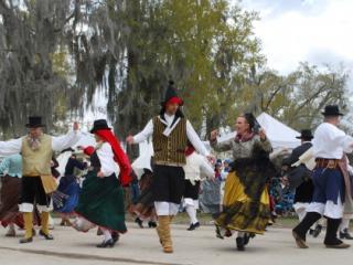 Los Islenos Dancers